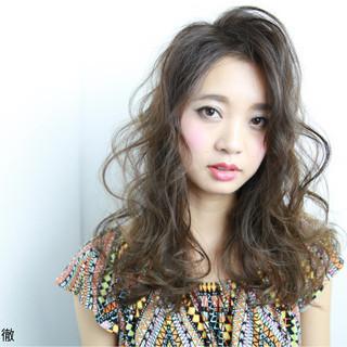 ロング ガーリー 外国人風 アッシュ ヘアスタイルや髪型の写真・画像