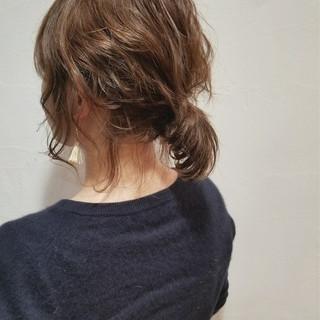 オフィス リラックス 簡単ヘアアレンジ ナチュラル ヘアスタイルや髪型の写真・画像 ヘアスタイルや髪型の写真・画像