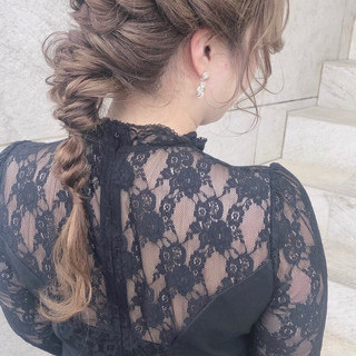 編みおろしヘア フェミニン ヘアアレンジ ロング ヘアスタイルや髪型の写真・画像