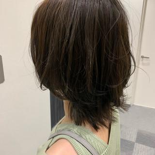 ミディアム 大人可愛い ブランジュ セミウェット ヘアスタイルや髪型の写真・画像