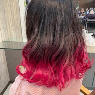 ピンクアッシュ ミディアム 大人かわいい インナーカラー ヘアスタイルや髪型の写真・画像
