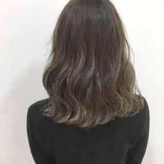 上品 エレガント グラデーションカラー 外国人風カラー ヘアスタイルや髪型の写真・画像 ヘアスタイルや髪型の写真・画像