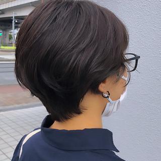 小顔ショート ナチュラル ショート ハンサムショート ヘアスタイルや髪型の写真・画像