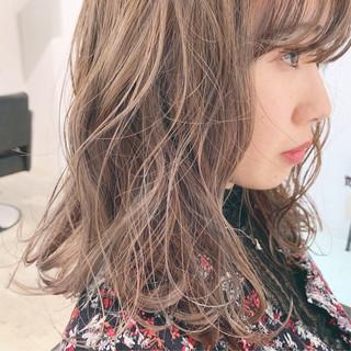 アンニュイほつれヘア デート 簡単ヘアアレンジ ミディアム ヘアスタイルや髪型の写真・画像