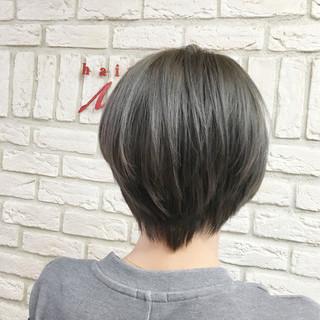 大人女子 アッシュ ストリート ショート ヘアスタイルや髪型の写真・画像
