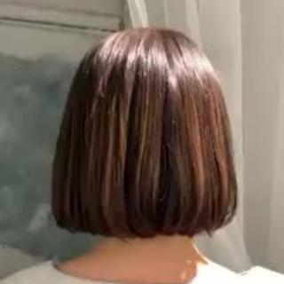 春 ゆるふわ 切りっぱなしボブ フェミニン ヘアスタイルや髪型の写真・画像