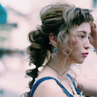 色気 オン眉 夏 フェミニン ヘアスタイルや髪型の写真・画像
