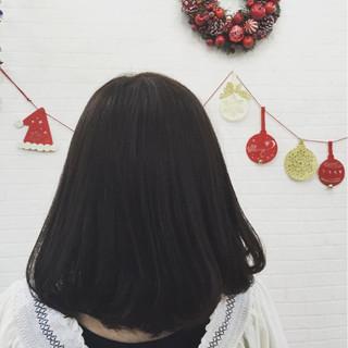 ミディアム 大人女子 こなれ感 小顔 ヘアスタイルや髪型の写真・画像 ヘアスタイルや髪型の写真・画像