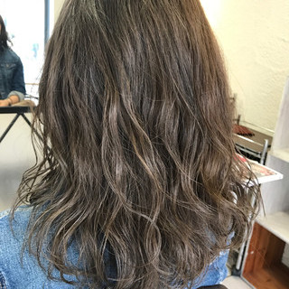 デート 透明感 セミロング ハイライト ヘアスタイルや髪型の写真・画像