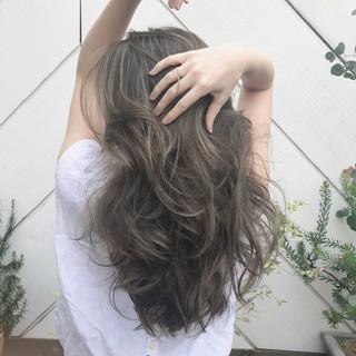 ナチュラル ロング 簡単スタイリング ヘアスタイルや髪型の写真・画像 ヘアスタイルや髪型の写真・画像