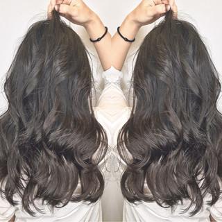 ロング リラックス 女子会 オフィス ヘアスタイルや髪型の写真・画像 ヘアスタイルや髪型の写真・画像