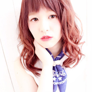 ナチュラル 前髪あり 夏 外国人風 ヘアスタイルや髪型の写真・画像