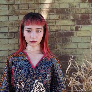 レッド ピンク 透明感 女子力 ヘアスタイルや髪型の写真・画像