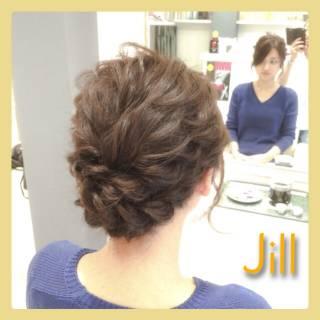 ねじり 簡単ヘアアレンジ 波ウェーブ ショート ヘアスタイルや髪型の写真・画像