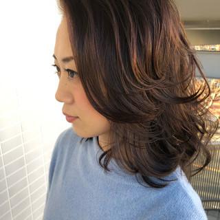 ヘアアレンジ アンニュイほつれヘア スウィングレイヤー ミディアムレイヤー ヘアスタイルや髪型の写真・画像