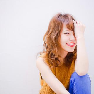 外国人風 ブラウン グラデーションカラー アッシュ ヘアスタイルや髪型の写真・画像