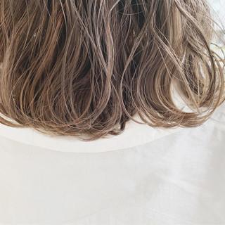 ミルクティーグレージュ ナチュラル グレージュ ミルクティーベージュ ヘアスタイルや髪型の写真・画像 ヘアスタイルや髪型の写真・画像