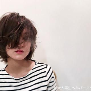 ストリート ハイライト モード アッシュ ヘアスタイルや髪型の写真・画像