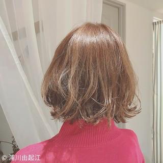 デート ゆるふわ モード 外国人風カラー ヘアスタイルや髪型の写真・画像