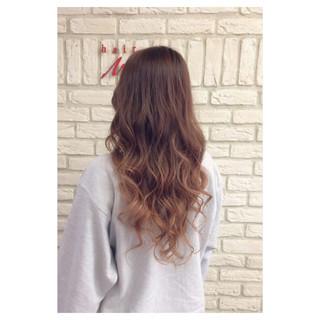 外国人風 グラデーションカラー ピンク ロング ヘアスタイルや髪型の写真・画像