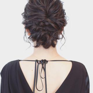 フェミニン 編み込み ボブ ツイスト ヘアスタイルや髪型の写真・画像 ヘアスタイルや髪型の写真・画像