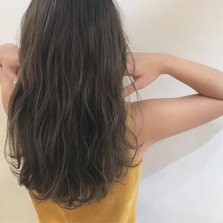 柔らかパーマ セミロング ナチュラル ヘアアレンジ ヘアスタイルや髪型の写真・画像