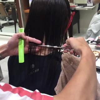 大人女子 モード ブラントカット ボブ ヘアスタイルや髪型の写真・画像