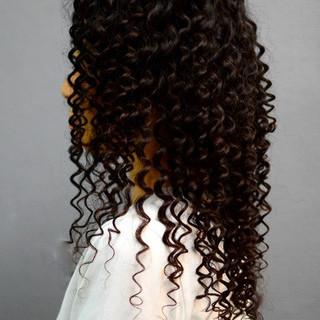 ロング スパイラルパーマ ツイスト パーマ ヘアスタイルや髪型の写真・画像 ヘアスタイルや髪型の写真・画像