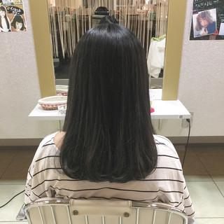 アッシュ 黒髪 リラックス ワンカール ヘアスタイルや髪型の写真・画像