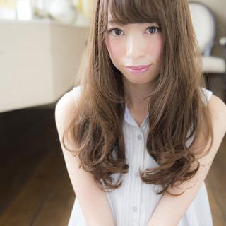 前髪あり セミロング グラデーションカラー 大人かわいい ヘアスタイルや髪型の写真・画像