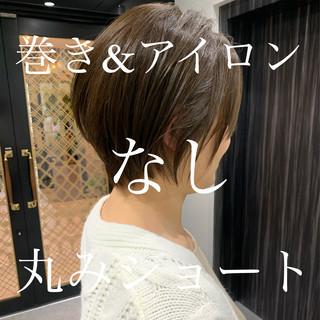 ミニボブ ショートヘア ベリーショート インナーカラー ヘアスタイルや髪型の写真・画像