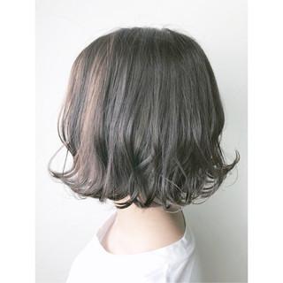 外ハネ ナチュラル イルミナカラー 透明感 ヘアスタイルや髪型の写真・画像