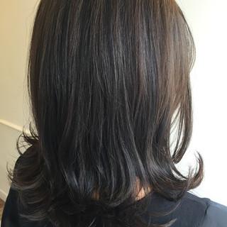 ストリート 暗髪 ゆるふわ アッシュ ヘアスタイルや髪型の写真・画像