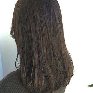 春 ミディアム ナチュラル グレージュ ヘアスタイルや髪型の写真・画像