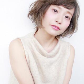 外国人風 フェミニン ゆるふわ パーマ ヘアスタイルや髪型の写真・画像