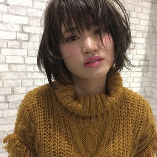 フェミニン 色気 マッシュ 春 ヘアスタイルや髪型の写真・画像