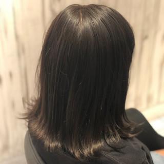 艶髪 イルミナカラー スモーキーアッシュ ボブ ヘアスタイルや髪型の写真・画像