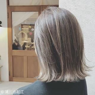 大人かわいい インナーカラー モード デート ヘアスタイルや髪型の写真・画像