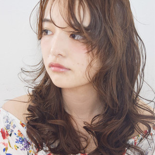 パーマ 簡単ヘアアレンジ ピュア 外国人風 ヘアスタイルや髪型の写真・画像