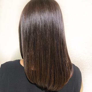 艶髪 ミディアム 暗髪 グレージュ ヘアスタイルや髪型の写真・画像