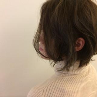 アッシュ 冬 モード ボブ ヘアスタイルや髪型の写真・画像