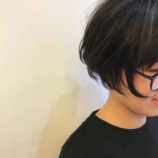 外国人風 ハイライト デート モード ヘアスタイルや髪型の写真・画像