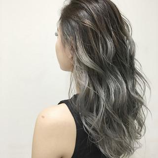 艶髪 ロング 外国人風 ハイトーン ヘアスタイルや髪型の写真・画像