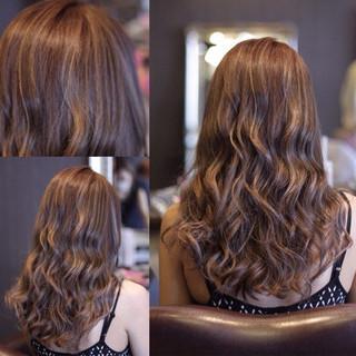 ウェーブ ハイライト ストリート ウェットヘア ヘアスタイルや髪型の写真・画像