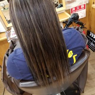 ブリーチ ロング 上品 ハイライト ヘアスタイルや髪型の写真・画像