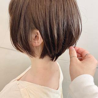 グレージュ ベージュ ショート ショートボブ ヘアスタイルや髪型の写真・画像