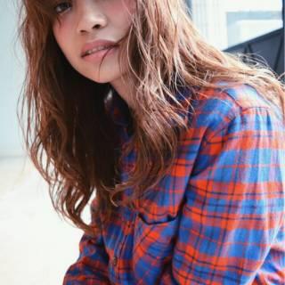 くせ毛風 外国人風 シースルーバング ロング ヘアスタイルや髪型の写真・画像
