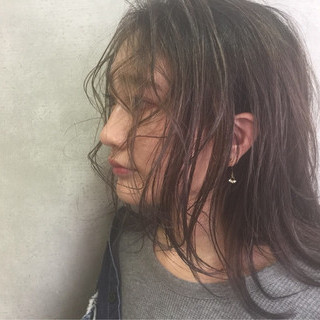 アッシュ セミロング モード 外国人風 ヘアスタイルや髪型の写真・画像