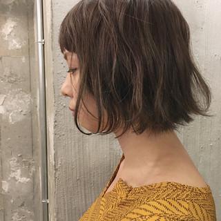 デート ナチュラル アウトドア ショート ヘアスタイルや髪型の写真・画像