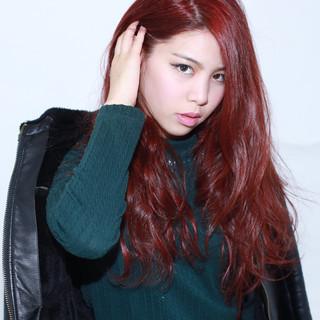 ロング 大人かわいい レッド フェミニン ヘアスタイルや髪型の写真・画像